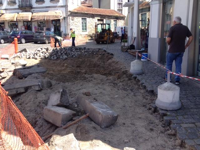 2ª fase da recuperação dos passeios da Rua Filipa Borges e Largo da Madalena