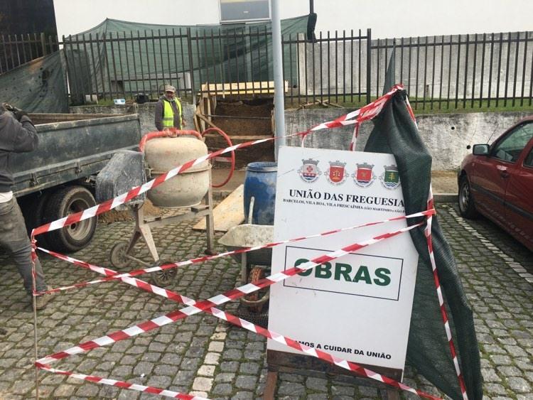 Construção de coberturas na Escola Básica António Fogaça