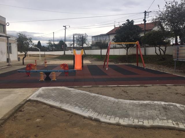 Requalificação do Parque Infantil na Escola Básica do Aldão